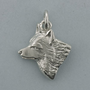 Wolf Pendant - SWOLF102